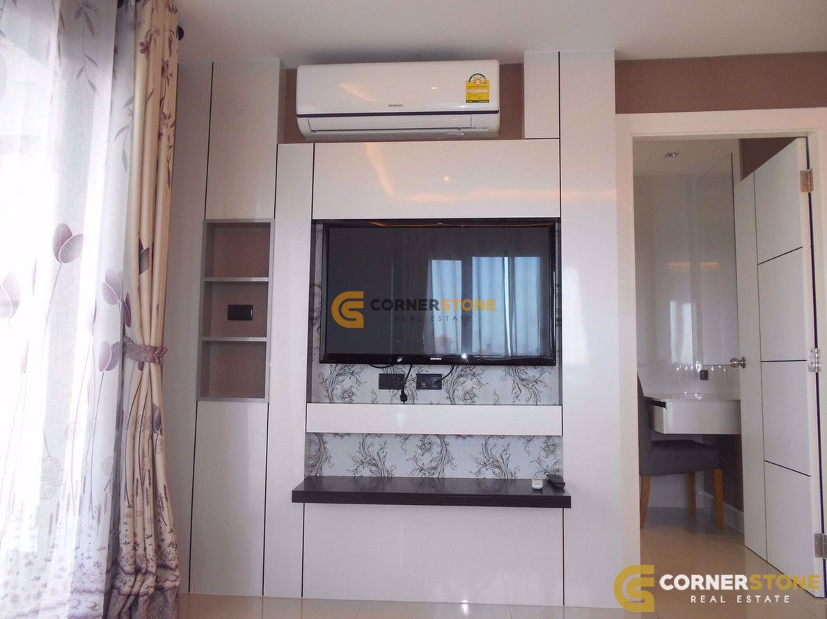 1 bedroom Condo in The Blue Residence East Pattaya