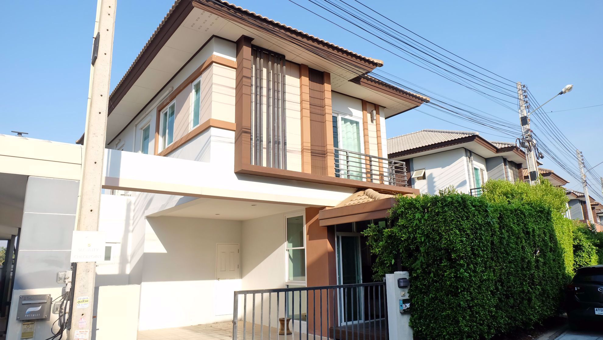 3 Bedroom House in Patta Let in East Pattaya H002050