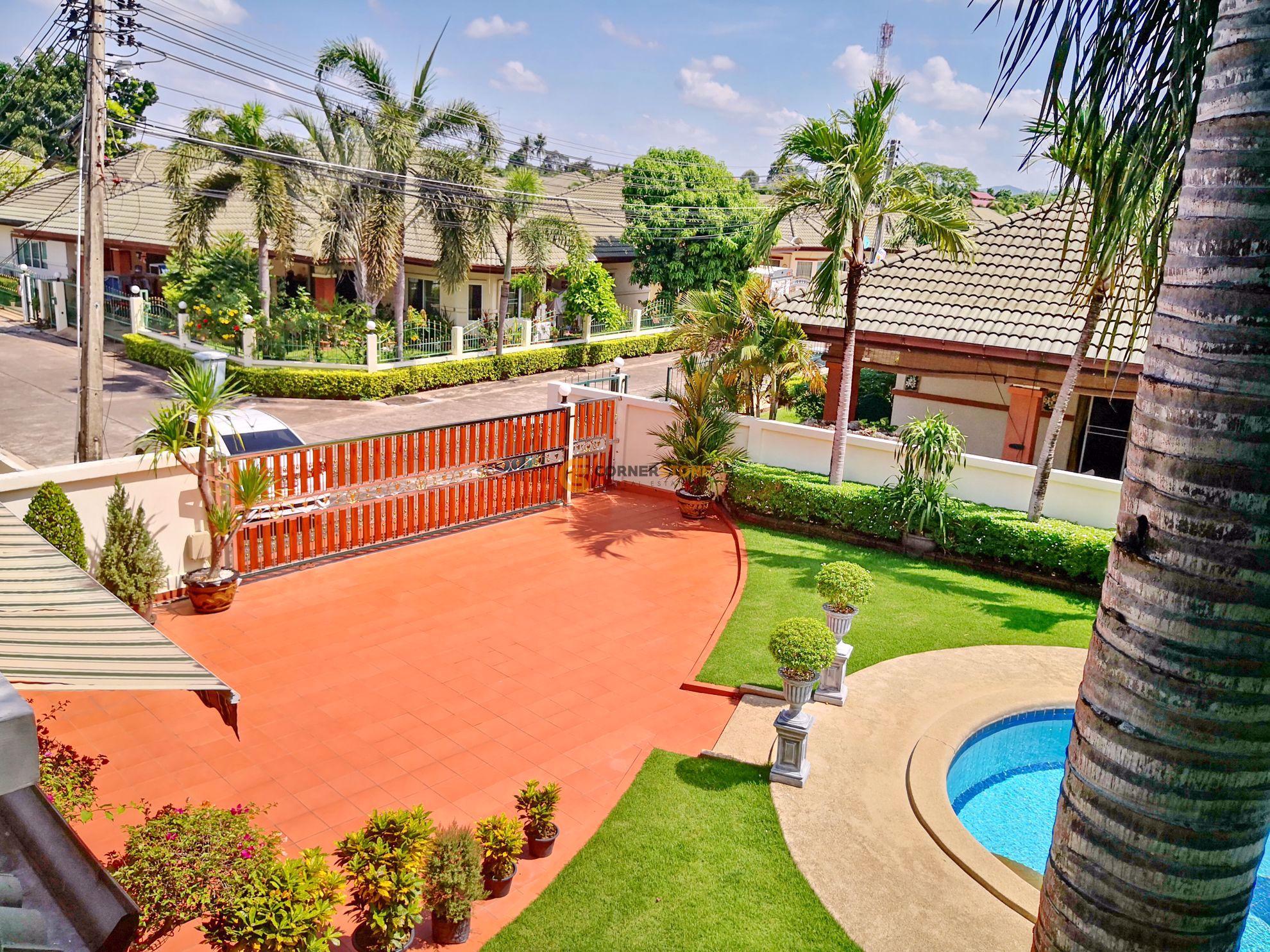 3 bed House in Green Field Villas 1 in East Pattaya H002225