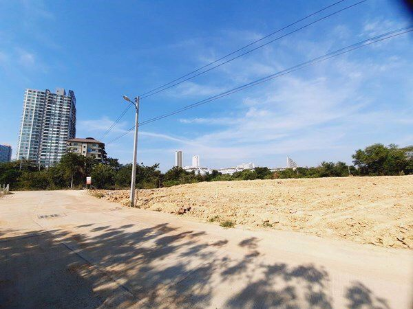 Land for sale close to Jomtien Beach.