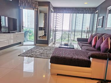 Picture of 1 Bedroom Condo in Club Royal in Wongamat C002157